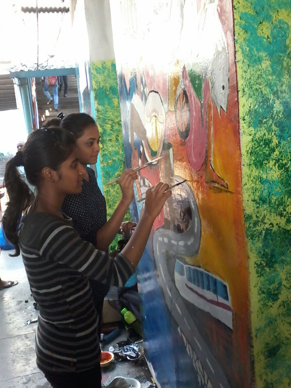 Art Work during the Mega project Hamara Station Hamari Shaan